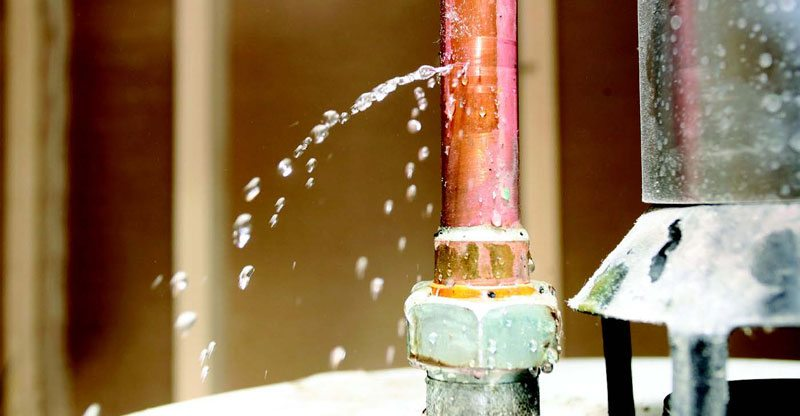 How To Stop A Plumbing Emergency